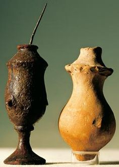 Jars for cosmetics, from Mohenjo-Daro, Pakistan. Indus Valley Civilisation.
