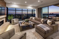 A Luxury Home in Newport Beach: Kings Road Residence by Details A Design Firm http://interiorsxdesign.com/2017/10/10/kings-road-by-details-a-design-firm/