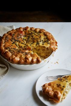 Recipe: Michelle Eshkeri's Cheese and Onion Pie - thisNZlife Veggie Recipes, Vegetarian Recipes, Cooking Recipes, Nigella Lawson Vegan Recipes, Buffet Recipes, Veggie Food, Cheese Recipes, Quiches, Cheese And Onion Pie