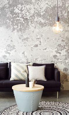 Urban Industrial Decor Tips Flat Interior, Interior Walls, Interior Design, Textures Murales, House Color Schemes Interior, Wall Tiles Design, Distressed Walls, Old Room, Deco Design