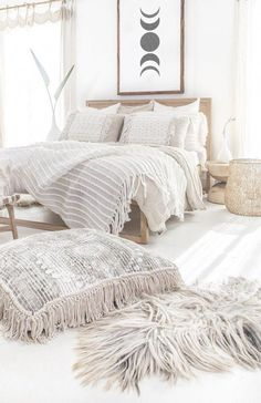 Bohemian Bed room Decor Concepts - Want to embrace funky panache to your room?Bohemian Bed room Decor Concepts - Want to embrace funky panache to your room? Take into account making use of bohemian, or boho, format inspiration i. Home Decor Bedroom, Bedroom Furniture, Home Furniture, Ikea Bedroom, Master Bedroom, Kitchen Furniture, Oak Bedroom, Bedroom Boys, Master Suite