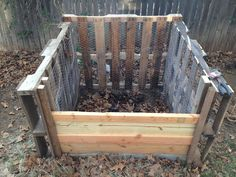 compost bin, made from re-purposed wooden pallets and chicken wire.