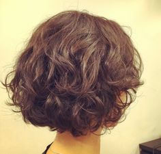 Dun be like this. Too fluffy Messy Short Hair, Short Curly Haircuts, Haircut For Thick Hair, Curly Hair Cuts, Cut My Hair, Curly Bob Hairstyles, Short Hair Cuts, Curly Hair Styles, Short Perm