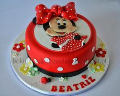 Minnie - by bokinhasdechocolate @ CakesDecor.com - cake decorating website
