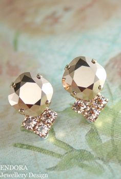 Rose gold crystal earrings   rose gold peach crystal earrings   peach wedding   rose gold wedding   www.endorajewellery.etsy.com