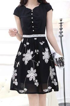 Ladylike Floral Embroidery Design Short Sleeve V-Neck Lace Splicing Knee-Length Dress For Women Pretty Dresses, Beautiful Dresses, Casual Dresses, Fashion Dresses, Embroidery Dress, Floral Embroidery, Sammy Dress, Dress Skirt, Designer Dresses
