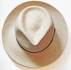 Vintage Montecristi Very Fino 899 Barberan Fedora Panama Hat Ecuador  Excellent  b50fcb0414d