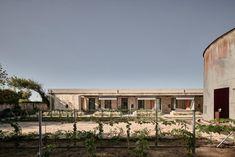 Seaside Lodge, Seaside Resort, Glass Pavilion, Studio 24, Concrete Building, Hotel Suites, Greece, Mansions, Architecture