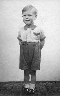 GettyImagesMick Jagger (aged 3) looking smart at home in Brent Lane, Dartford (1946).