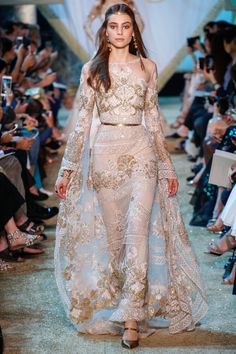 Elie Saab Fall 2017 Couture Fashion Show - Romy Schonberger (Viva)