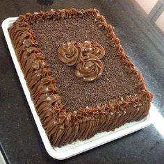 Aprenda a fazer Brigadeiro em Ponto de Bico e torne os seus bolos ainda mais atraentes e deliciosos! Veja Também:3 Receitas de Ganache em Ponto de Bico Ve Sweet Recipes, Cake Recipes, Dessert Recipes, I Love Chocolate, Chocolate Cake, Cake Cookies, Cupcake Cakes, Cupcakes, Cake Decorating Techniques