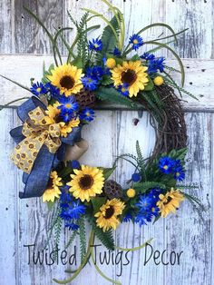 Spring wreath, Summer wreath, Sunflower wreath, Blue and yellow wreath, Everyday… – Spring Wreath İdeas. Summer Door Wreaths, Fall Wreaths, Wreaths For Front Door, Wreath Crafts, Diy Wreath, Grapevine Wreath, Couronne Diy, Sunflower Wreaths, Floral Wreaths