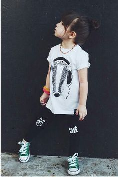 Modern kid's style. Peace out. Toddler leggings. Badger and rue