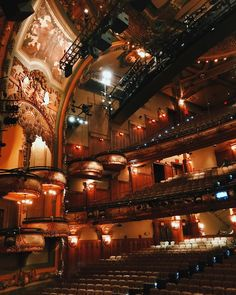 """624 Likes, 7 Comments - Teale Dvornik (@thebackstageblonde) on Instagram: """"this theatre has my heart."""""""