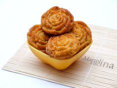 MUFFIN SALATI ALL'OLIO CON POMODORINI SECCHI #muffin #olio #pomodori #pomodorinisecchi #vegetariana #buffet #picnic