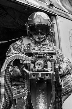 Lynx AH.9 door gunner. #VietnamMemories