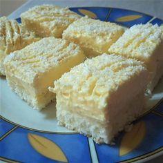 Ez a desszert nemcsak mutatós, de csodálatosan finom is Sweet Desserts, Sweet Recipes, No Bake Desserts, Dessert Recipes, Twisted Recipes, Different Cakes, Hungarian Recipes, Food Cakes, Special Recipes