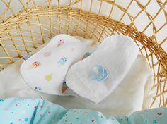 Waterproof baby burp cloth  Ice cream print burp rag Baby Duvet, Baby Pillows, Baby Burp Cloths, Baby Bibs, Plastic Texture, Burp Rags, Terry Towel, Changing Mat, Cotton Blankets