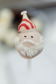 Santa Cake cake pop