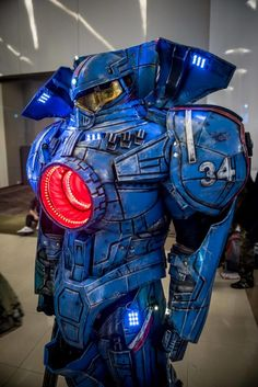 Pacific Rim Cosplay Is Suitably Massive