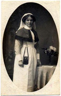 Army nurse postcard ww1