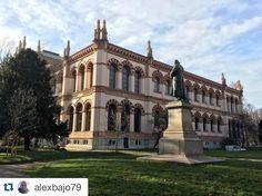 Grazie a @alexbajo79 per questo scatto dei giardini pubblici Indro Montanelli by milanostupenda