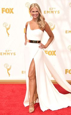 Emmys 2015 Red Carpet Fashion: What the Stars Wore Nancy O Dell, Champagne Evening Dress, Formal Wear Women, Party Gowns, Prom Party, Red Carpet Looks, Celebrity Dresses, Celebrity Style, Red Carpet Dresses