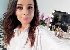 Dzień dobry  jeśli nie macie pomysłu jak uczesać się na wesele w bio zostawiam Wam link do ostatniego tutorialu - eleganckiego koczka  i pędzę do pracy. Miłego dnia!  #hello #me #hairstylist #hairblog #hairblogger #newpost #selfie #atwork #polishgirl #brunette #ja #dziewczyna #blogerka #blogowlosach #nowypost