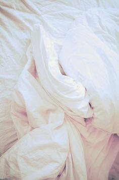 White Bed Sheets Tumblr Hvqskl