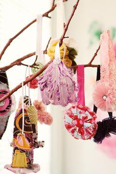 DIY Hair Bow Organizer: What I'm Makin Monday » Baby Making Machine