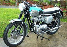 Bonneville 650 T120, 1961-1962