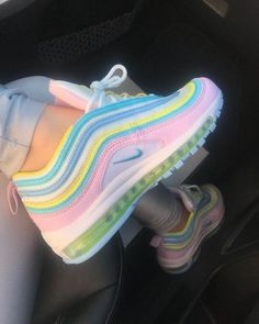Unicorn Nike Air Max 97 Source by shoes air max Cute Sneakers, Sneakers Nike, Green Sneakers, Girls Sneakers, Casual Sneakers, Souliers Nike, Sneakers Fashion, Fashion Shoes, Nike Fashion