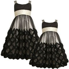 Amazon.com: Bonnie Jean TWEEN GIRLS 7-16 BLACK IVORY Lattice Ruffle and Sequin Bubble Mesh Overlay Special Occasion Flower Girl Holiday Party Dress: Clothing