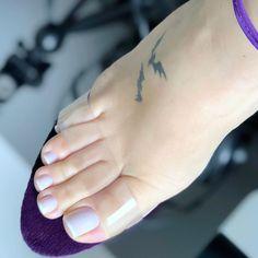 Pretty Toe Nails, Cute Toe Nails, Sexy Nails, Sexy Toes, Pretty Toes, Feet Nail Design, Long Toenails, Nice Toes, Foot Pics