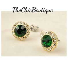 Gorgeous green center stud earrings with clear crystals. Perfect for this holiday season. | Shop this product here: http://spreesy.com/TheChicBoutique/33 | Shop all of our products at http://spreesy.com/TheChicBoutique    | Pinterest selling powered by Spreesy.com