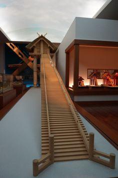 こんにちは‼本日は島根を代表する博物館を一つご紹介いたしたいと思います☆出雲大社の東隣にある島根県立古代出雲歴史博物館は、平成19(2007)年3月にオープン…