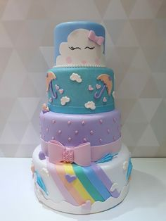 Owl Cake Birthday, Cool Birthday Cakes, Bolos Pool Party, Bolo Moana, Cloud Party, Bolo Mickey, Bolo Fake, Gateaux Cake, Rainbow Butterfly
