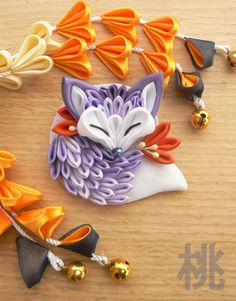 Tsumami zaiku brooch. Cute sleeping fabric fox. by MomoKanzashi on Etsy https://www.etsy.com/listing/219531173/tsumami-zaiku-brooch-cute-sleeping