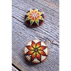 . bead concho . 柄はmorning starで色をご指定してのご注文でした。いつもありがとうございます! . #kazoo #beads #beadswork #beadconcho #beading #ビーズワーク #ビーズ刺繍 #ビーズコンチョ #ビーズ細工 #コンチョ #髪留め
