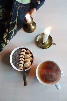 Kiireetön aamu Hygge, Chocolate Fondue, Desserts, Food, Tailgate Desserts, Deserts, Essen, Postres, Meals