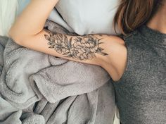 Floral piece by Michael Bales at Rebel Muse Lewisville TX – floral tattoo sleeve Inner Elbow Tattoos, Inner Bicep Tattoo, Upper Arm Tattoos, Bicep Tattoo Women, Tattoos For Women Half Sleeve, Sleeve Tattoos, Hand Tattoos, Cute Tattoos, Small Tattoos