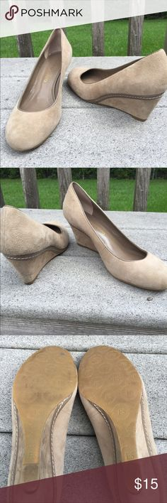 "Franco Sarto Suede Shoes Few black marks on the heels . 2"" heel  I don't see a size but the owner said size 7 and I just tried them on and I wear a 7 and they fit Franco Sarto Shoes"