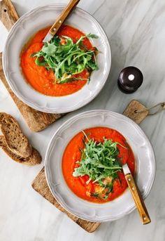 Tomato Soup, Arugula, Thai Red Curry, Ethnic Recipes, Food, Arugula Salad, Essen, Eruca Sativa, Eten