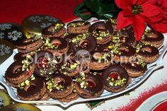 Hančiny (nejen) sladké recepty a fotografie. Christmas Cookies, Sweet Tooth, Rum, Deserts, Muffin, Food And Drink, Birthday Cake, Baking, Breakfast