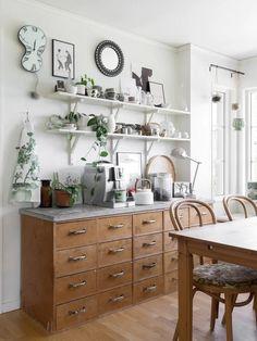 Old Furniture, Oclock, Home Kitchens, Home Decor, Home, Decoration Home, Room Decor, Kitchen, Home Interior Design