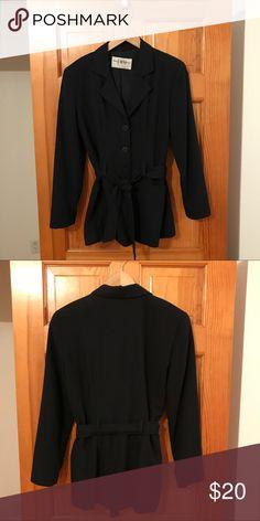 Blazer B. Moss Taylor, belted blazer with pockets B. Moss Jackets & Coats Blazers