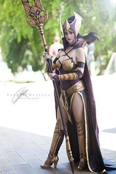Sorceress from Orcs Must Die  Cosplayer: Major Sam Cosplay   Photographer: @Carlos Mayenco Cosplay Photographer