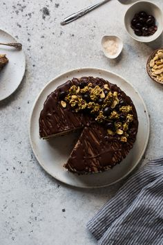 Almost Raw Vegan Snickers Cheesecake | The Floured Kitchen