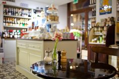 cafe beaulieu, vienna | photocredit: tony gigov | http://www.diefruehstueckerinnen.at