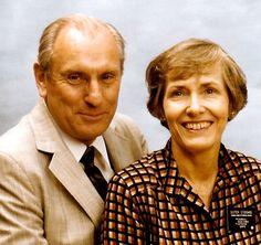 Loren & Helen Joe